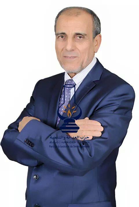 Photo of سيدي النائب البرلماني لا نريدك أن تنساق وراء الأضواء حتى لا تحترق ..!