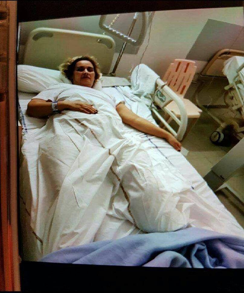 Photo of مّي فاطنة تناشد شرفاء المغرب من فرنسا بعد أن أخبرت بعملية بتر ساق أخرى