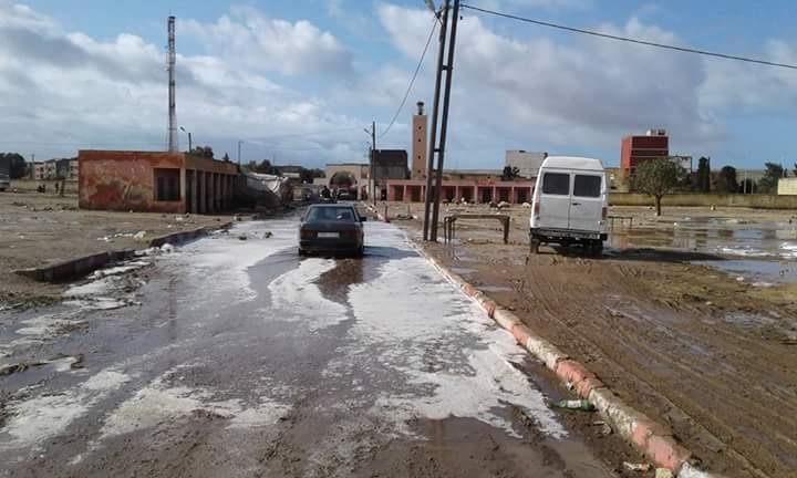 Photo of الأمطار تفضح مشروع لم تمر بعد على نهاية أشغاله 3 أشهر بجماعة احرارة