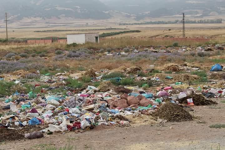 Photo of تيغسالين / حي السعادة يغرق في الأزبال والاستياء يعم الساكن