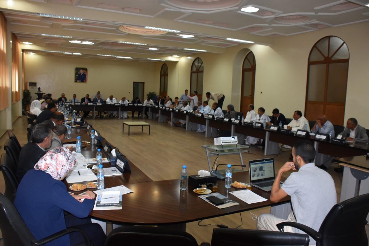 Photo of السمارة /  أشغال الدورة العادية لشهر أكتوبر 2018 للمجلس الجماعي