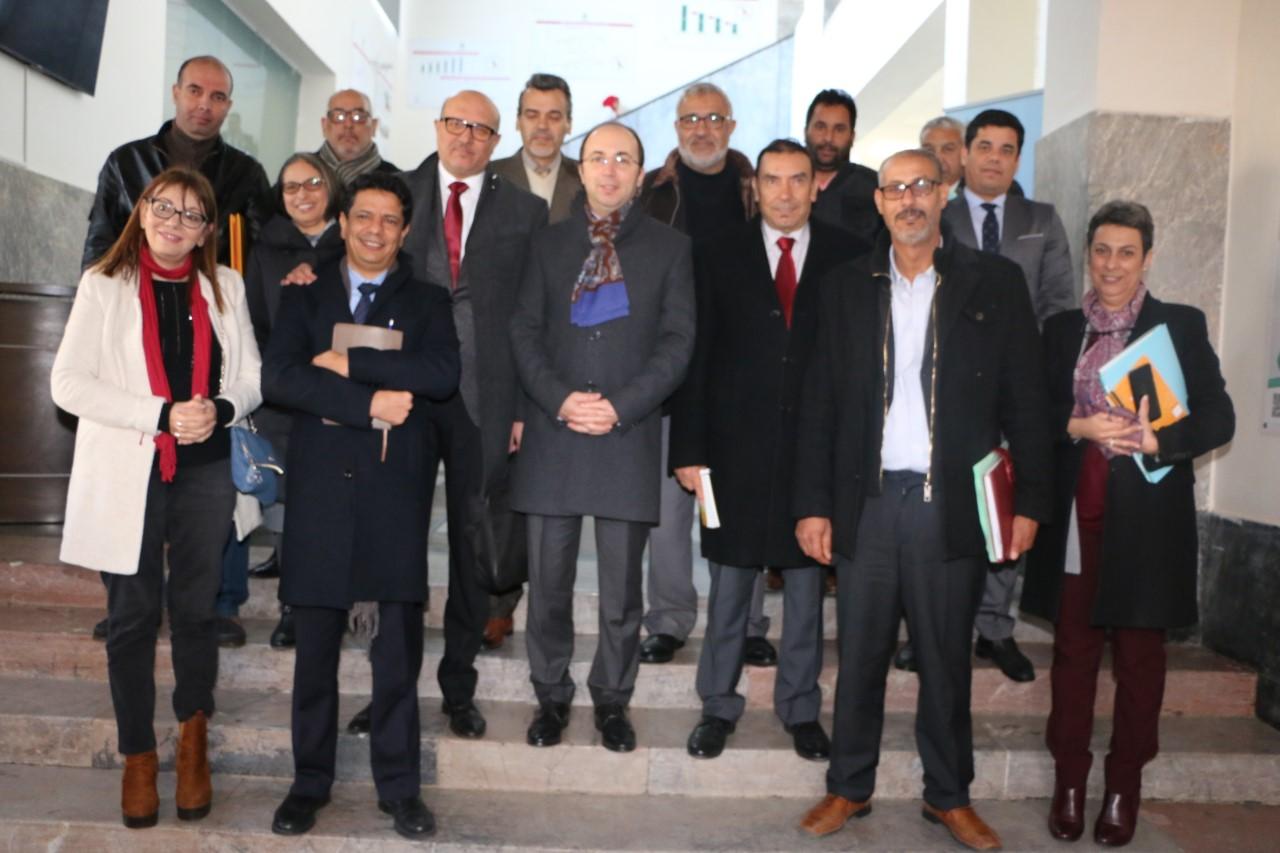 Photo of بلاغ مشترك بين وزير الصحة والنقابات الأكثر تمثيلية