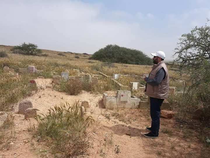 Photo of حين أموت لا أريد أن يتبول كلب على قبري ..!