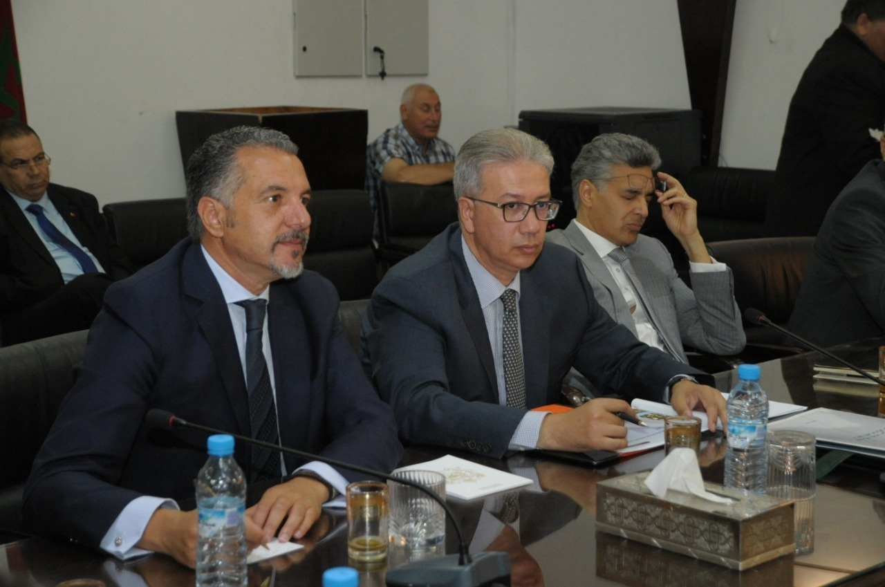 Photo of والي جهة مراكش أسفي يتواصل مع مهنيي القطاع السياحي ومع المصالح الأمنية