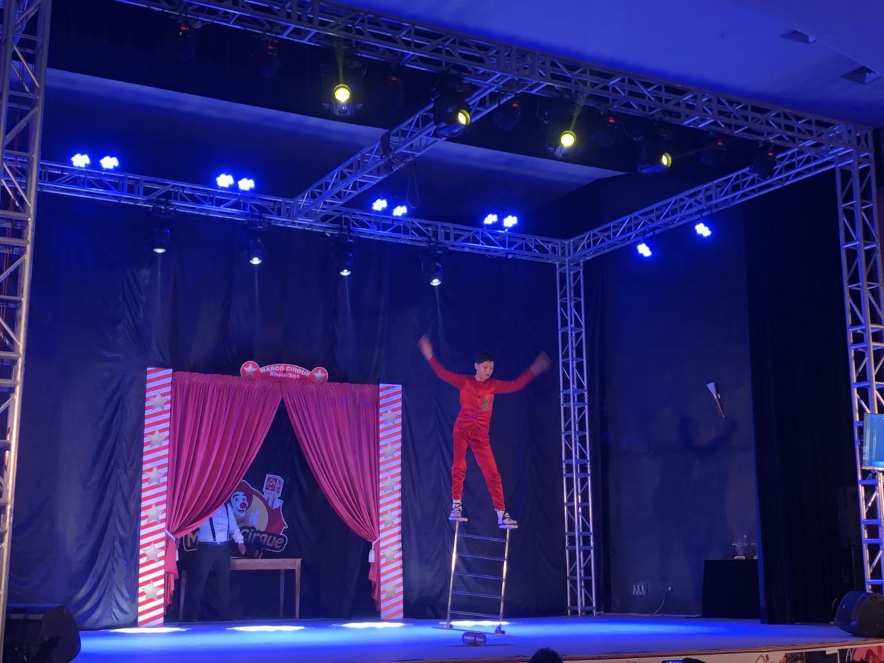 Photo of خريبكة / البرازيلي روجيرو بيفا يتوج بالجائزة الكبرى للمهرجان الدولي لفنون السيرك
