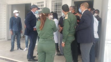 Photo of جرسيف / عامل الإقليم  يقوم  بزيارة  مفاجئة إلى المستشفى  الإقليمي