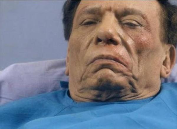 Photo of عادل إمام يعلن مرضه بنفسه .. !