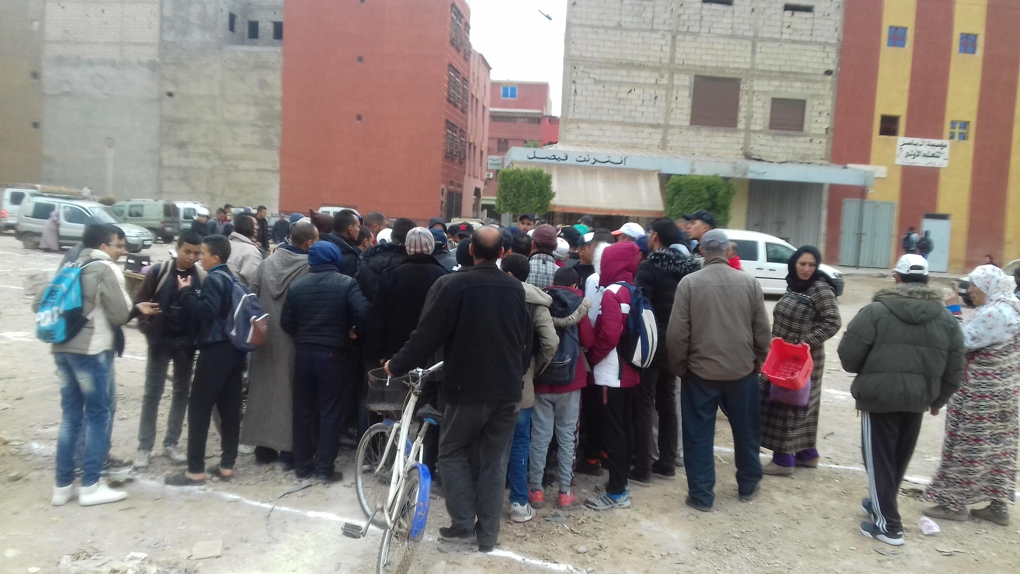 Photo of توزيع أماكن للتجار المنتصبين فوضويا بسوق السبت اولاد نمة