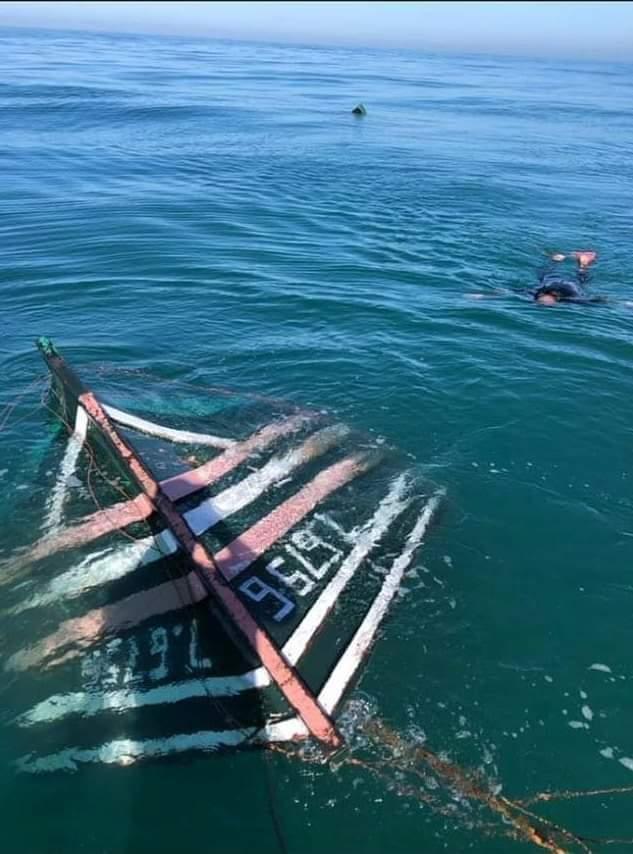 Photo of أسفي / فقدان خمسة بحارة  بقارب للصيد التقليدي وسط مياه بحر البدوزة