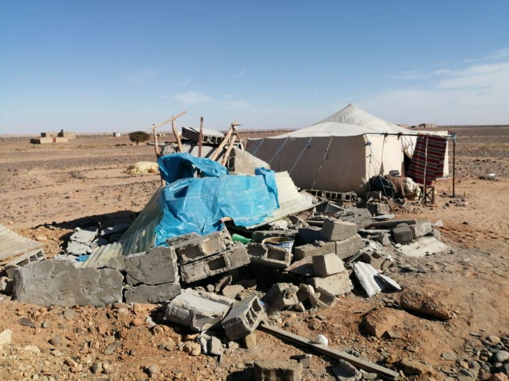 Photo of إقليم السمارة / السلطات المحلية تشن حملة هدم مرافق صحية