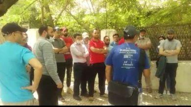 Photo of أزرو / الساكنة تحتج أمام مكتب رئيس الجماعة على تردي خدمات المجلس