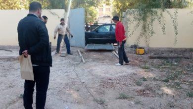 Photo of الحاجب / استغلال ملك عمومي يتسبب في قطع الطريق على  باب مدرسة للتعليم الأولي